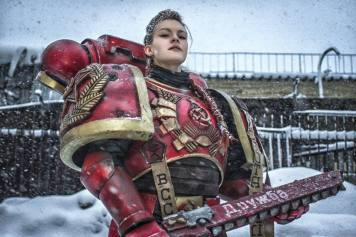 Cosplayer: Khelga Khromaya Character: Russian Inspired Space Marine Armour Made By: Roman Butko - https://vk.com/saxarr