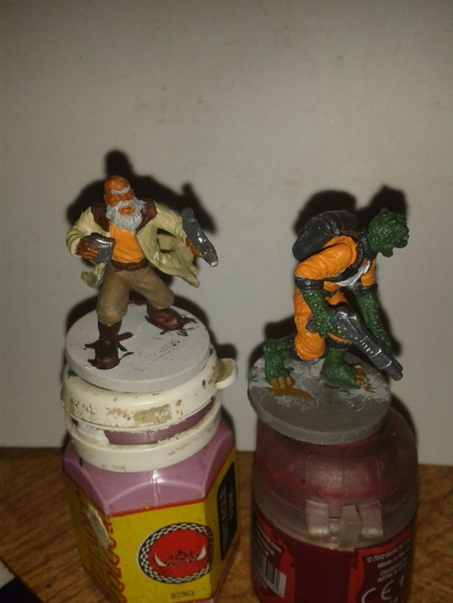 Base coated Rebel Commander and Trandoshan Hunter for Imperial Assault